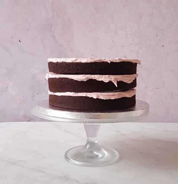 chocolate sponge layers