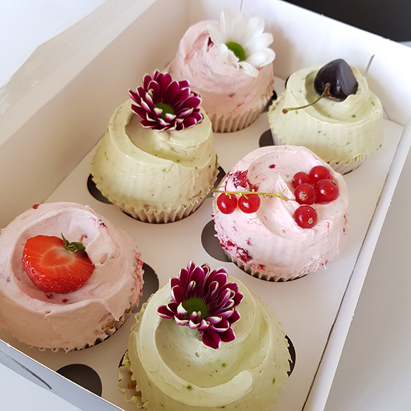 Party Cupcakes – Mixed Box of 6  |  £25
