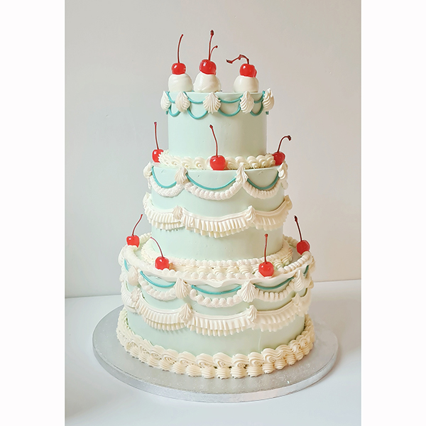 The 'Sun Tavern' Piping and cherries party cake | £65