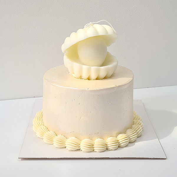 Pearlescent Oyster Candle Cake   from £65
