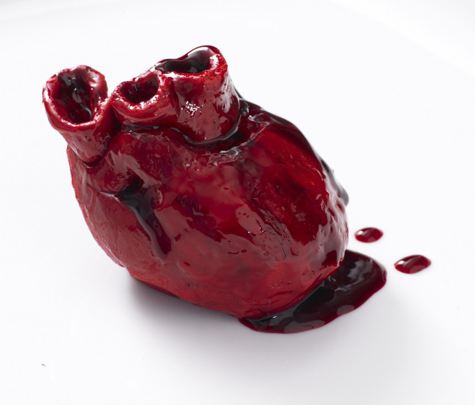 Bleeding-Heart-Cake