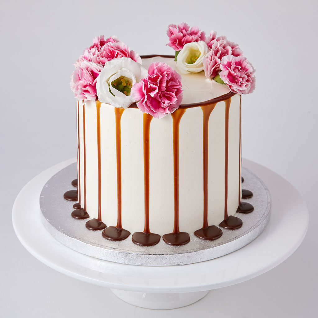Pink Caramel Cake with Fresh Flowers
