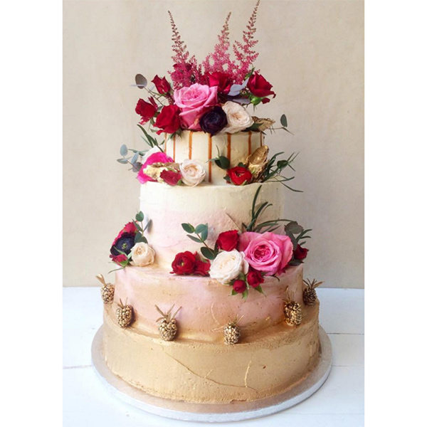 Lily vanilli wedding cakes