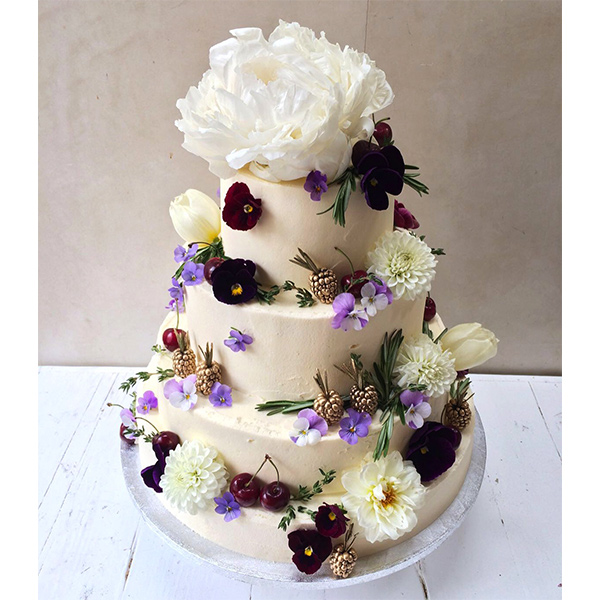 lily vanilli wedding cake vanilli bespoke wedding cakes made to order in 16889