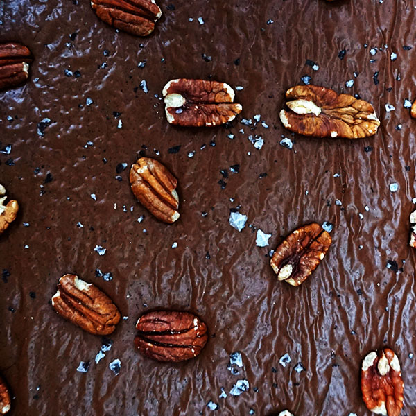 Burnt Butter and Salted Pecan Chocolate Brownies | Lily Vanilli