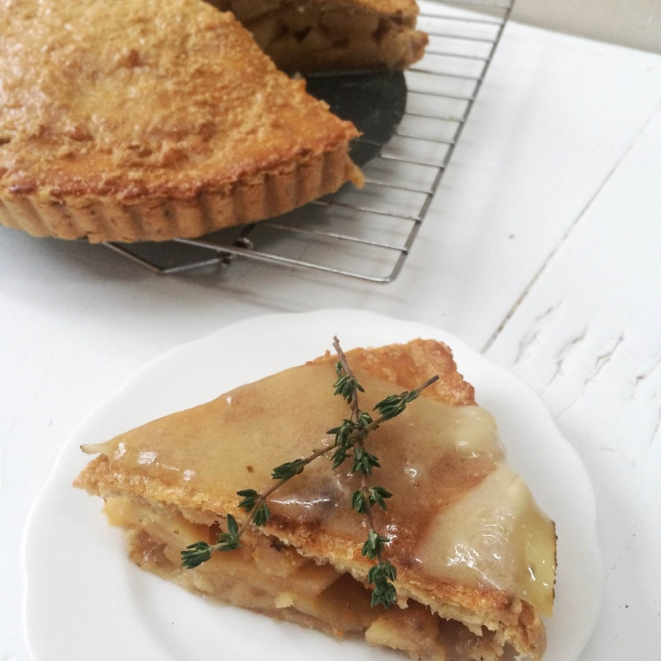 Quince-Apple-Pie-with-Star-Anise-topped-with-a-slice-of-melted-24-month-aged-Comté-cheese